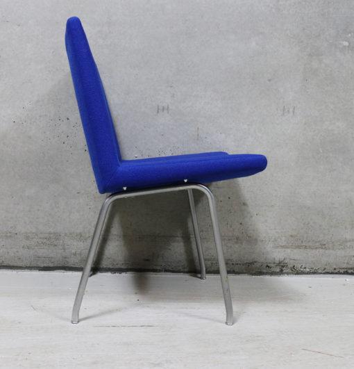 "Wegner møbler fra Aarhus Amtssygehus. CH438 ""lufthavnsstol"""