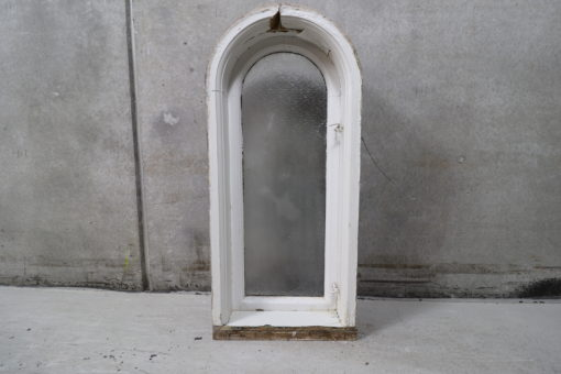 Gammelt vindue med buet top og råglas 46x103cm
