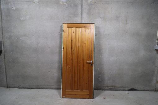 Fyldningsdør i karm 71x205cm